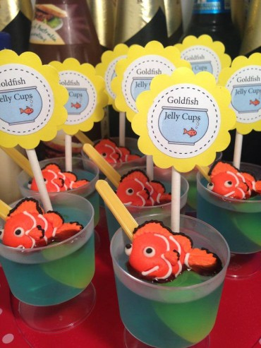 Kids Birthday Party Food Idea: Goldfish Jelly Cups